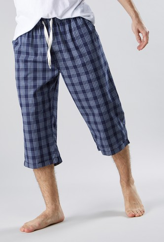 Woven Checked Capris with Slip Pockets