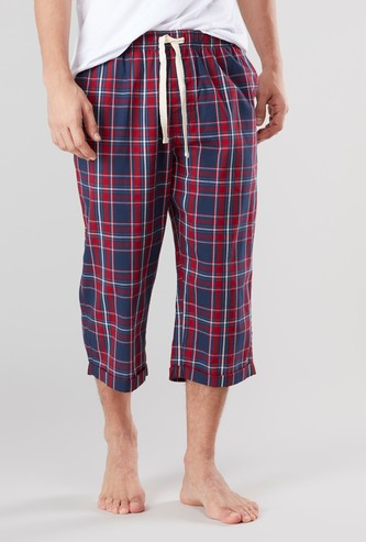 Chequered 3/4 Pants with Pocket Detail and Drawstring