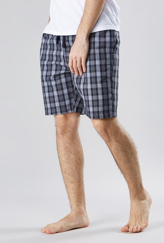 Chequred Shorts with Drawstring Closure