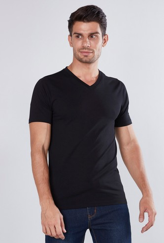 Muscle Fit Plain T-shirt with V-neck and Short Sleeves