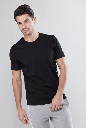 Slim Fit Graphic Printed T-shirt with Round Neck and Short Sleeves