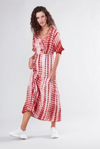 فستان إيه لاين بأكمام قصيرة وعقدة وطبعات زهرية