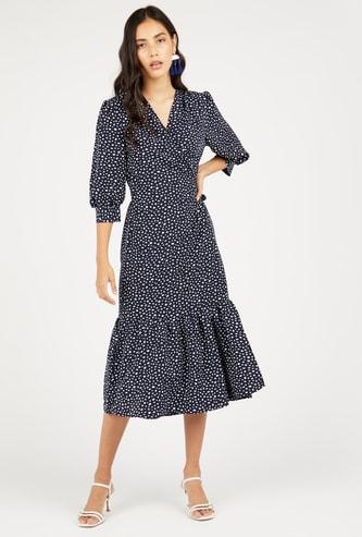 فستان منقط ميدي متعدد الطبقات بأكمام 3/4 وأربطة