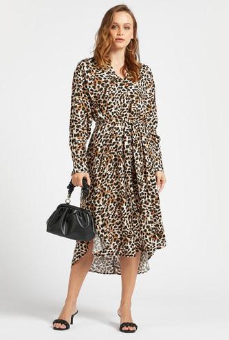 فستان ميدي بطبعات حيوانات وأكمام طويلة وأربطة