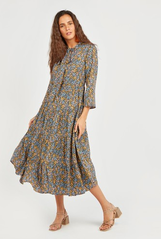 All Over Print A-line Midi Dress with 3/4 Sleeves and Pussy Bow
