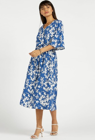 Floral Print A-line Midi Dress with Flutter Sleeves and Tie-Ups