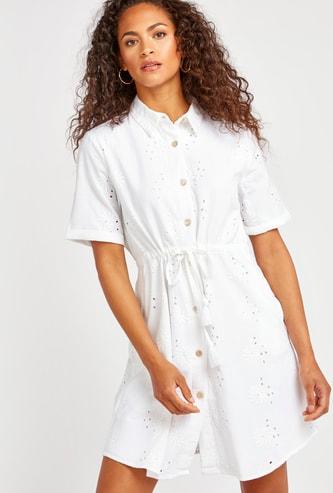 فستان قميص ميني شيفلي بأكمام قصيرة وأربطة