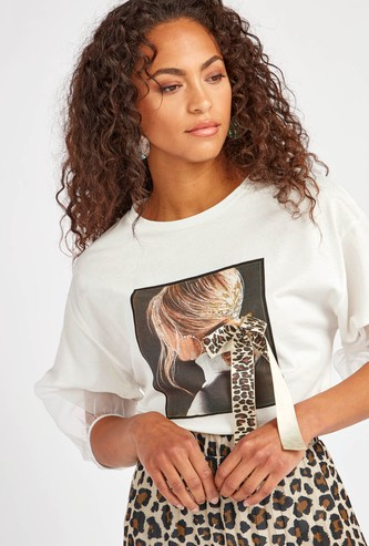 Graphic Print Round Neck Top with 3/4 Sleeves and Bow Detail