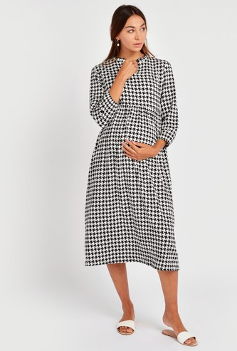 Houndstooth Print V-Neck A-Line Midi Dress with 3/4 Sleeves
