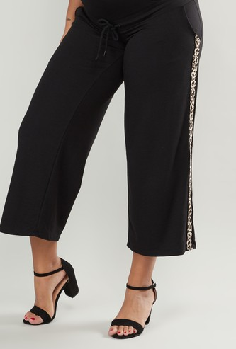 Wide Fit Plain Mid-Rise Palazzo Pants with Pocket Detail