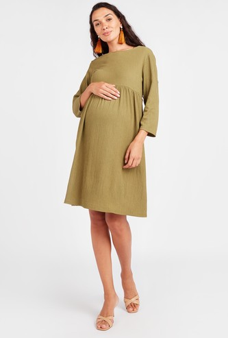 Maternity Textured Midi A-line Dress with 3/4 Sleeves