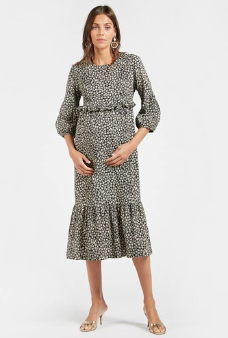Printed Maternity Tiered Midi Dress with Ruffle Detail and 3/4 Sleeves