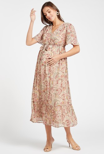 Printed Midi Maternity Tiered Dress with Tie-Up Belt and Short Sleeves