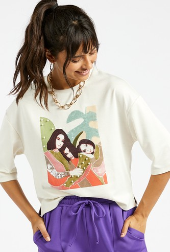 Graphic Print Round Neck Boxy T-shirt with 3/4 Sleeves