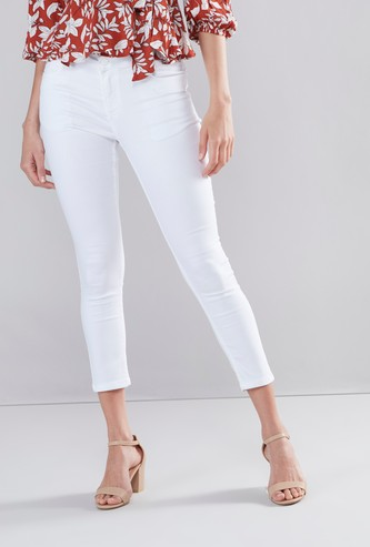 Slim Fit Cropped Jeans with Button and Zip Closure