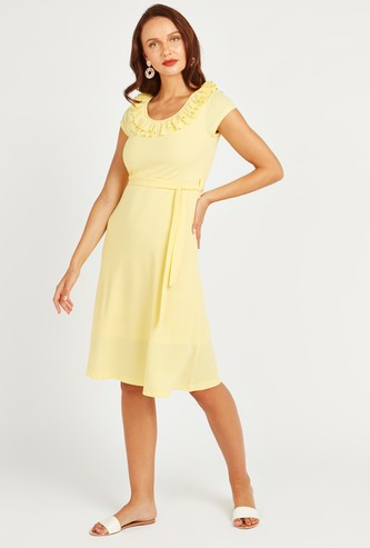 Textured Midi A-line Dress with Ruffle Detail and Tie Ups