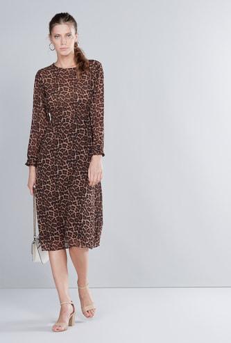 فستان متوسط الطول بأكمام طويلة وطبعات حيوانات مع خصر مطرز