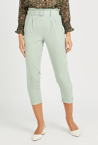 Solid Cropped Pants with Pocket Detail and Belt