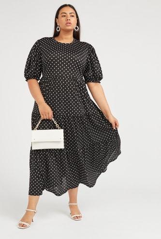 فستان إيه لاين ماكسي بأكمام قصيرة وطبعات منقطة