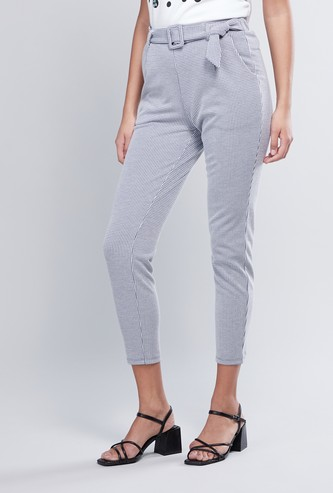 Chequered Cropped Pants with Belt and Pocket Detail