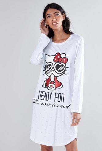 قميص نوم مطبوع بأكمام طويلة