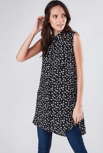Printed Sleeveless Longline Shirt with Pocket Detail