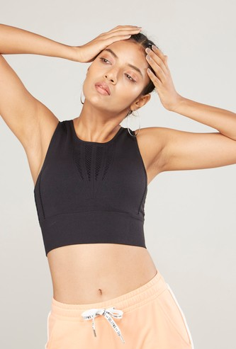 Slim Fit Textured Sports Bra
