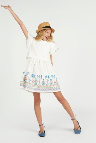 Embroidered Dress with Round Neck and Cap Sleeves