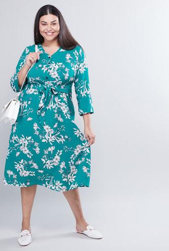 فستان إيه لاين متوسط الطول بأكمام 3/4 وأربطة وطبعات أزهار