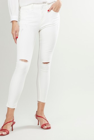 Skinny Fit Mid-Rise Ripped Jeans with Cropped and Frayed Hem