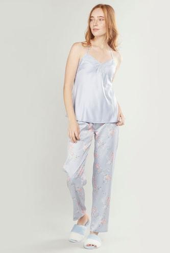 Sleeveless Lace Detail Top and Full Length Printed Pyjama Set