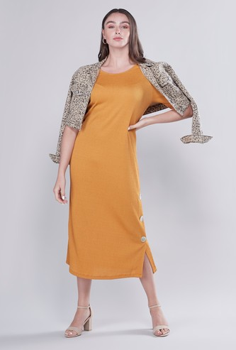 Textured Midi A-line Dress with Short Sleeves and Button Detail