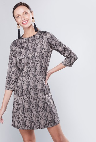 Printed Mini Shift Dress with Round Neck and 3/4 Sleeves