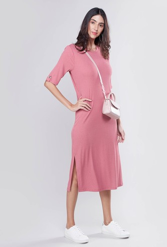 Ribbed Midi A-line Dress with Round Neck and Side Slit