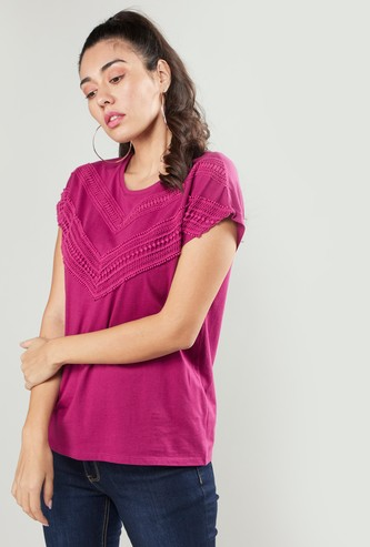 Lace Detail T-shirt with Round Neck and Extended Sleeves