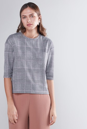 Chequered Box T-shirt with Round Neck and 3/4 Sleeves