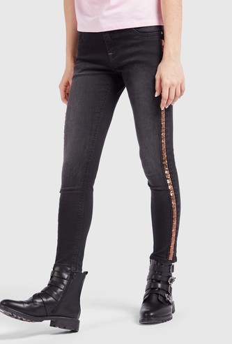 Skinny Fit Solid Jeans with Pockets and Side Tape Detail