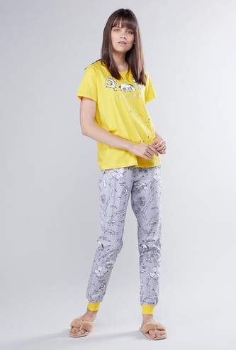 Winnie-the-Pooh Print Round Neck T-shirt and Full Length Jog Pants Set
