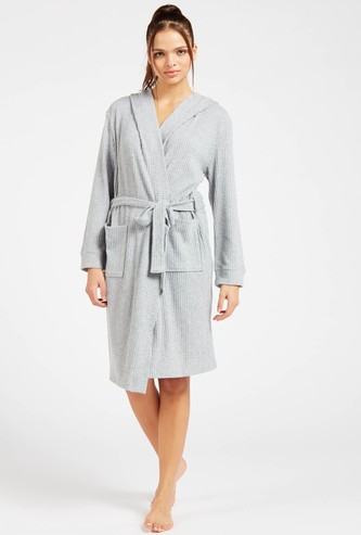 Ribbed Hooded Neck Robe with Tie-Ups and Pocket Detail