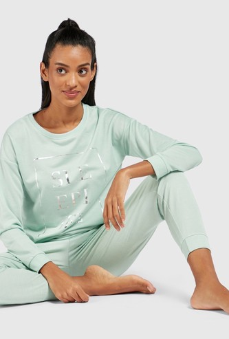 Graphic Print Long Sleeves Sweatshirt and Solid Pyjama Set
