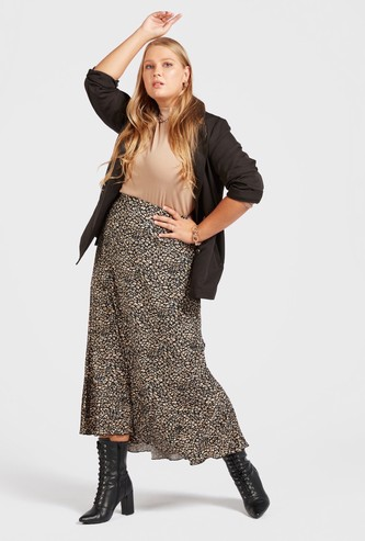 تنورة ميدي متعددة الطبقات بطبعات كاملة مع خصر مطاطي