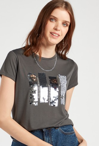 Sequin Detail T-shirt with Crew Neck and Cap Sleeves