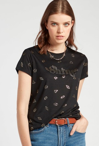 Foil Print T-shirt with Round Neck and Short Sleeves