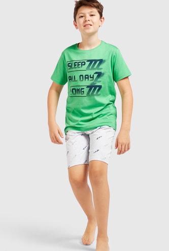 Slogan Print T-shirt and Shorts Set