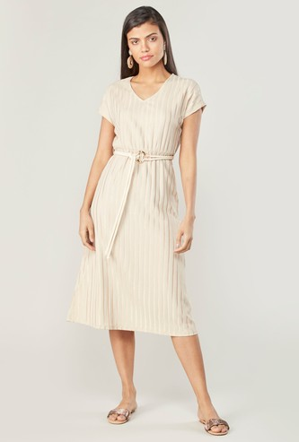 Textured Midi A-line Dress with Short Sleeves and Belt