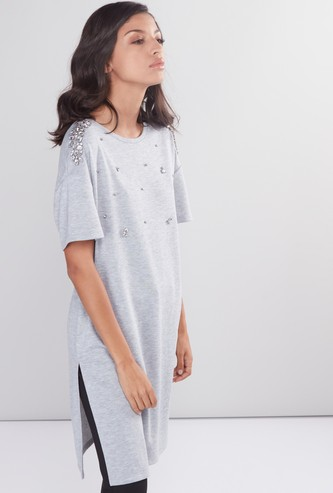 Embellished Tunic with Round Neck and Short Sleeves