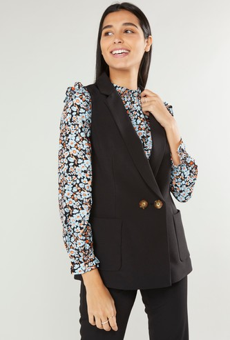 Solid Sleeveless Jacket with Pocket Detail