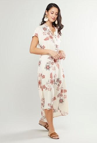 فستان ماكسي بياقة ماندارين وحواف غير مستوية وطبعات زهرية