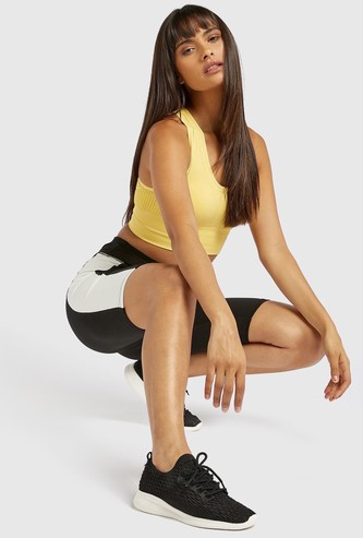 Slim Fit Solid Cycling Shorts with Side Panel and Elasticised Waist