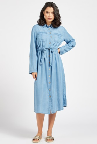 فستان قميص ميدي دينم بياقة عادية بحزام قماش